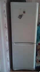 Спальный гарнитур ,  кухонный гарнитур,  холодильник .